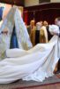 Bendicion del nuevo manto de camarin para la virgen del mayor dolor y traspaso. fotos Mariano Ruesga Osuna 2018 (4)