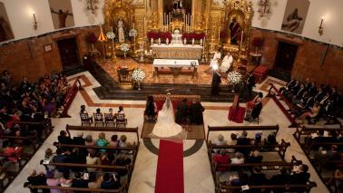 Apertura del libro de bodas para 2022 en la Basílica del Gran Poder