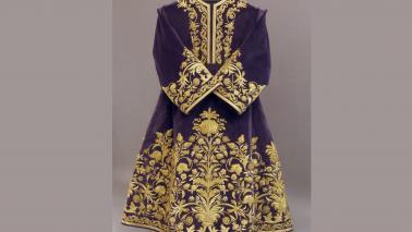 La nueva túnica del Señor, ofrenda de sus devotos